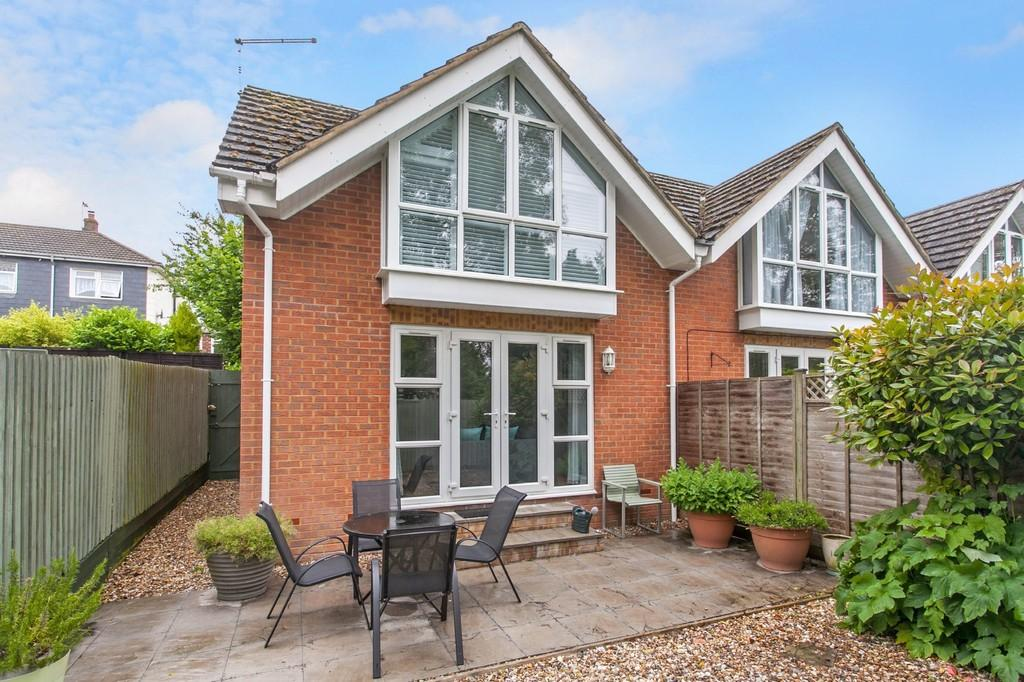 1 Bedroom Semi Detached House for sale in Fraser Road, Kings Worthy, Winchester, SO23