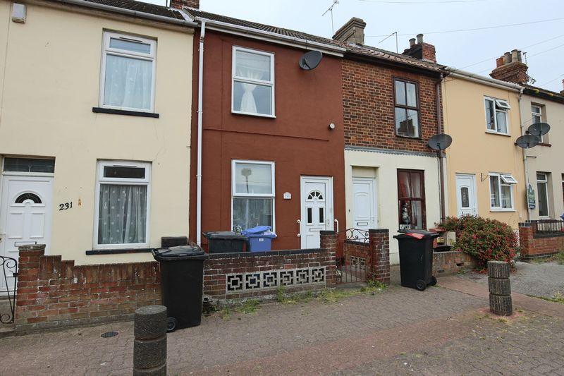 2 Bedrooms Terraced House for sale in Raglan Street, Lowestoft