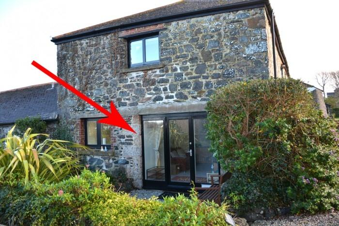 1 Bedroom Barn Conversion Character Property for sale in HALZEPHRON, MULLION, TR12