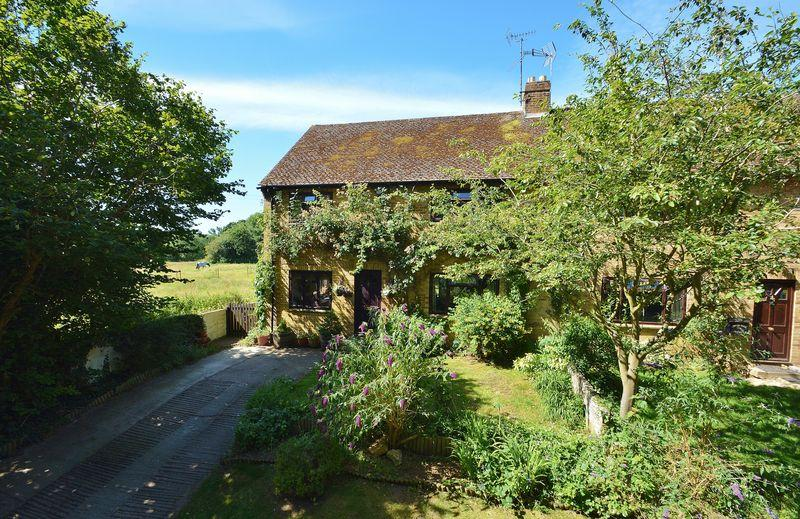 3 Bedrooms Semi Detached House for sale in Haseley Brook Cottage, Little Haseley