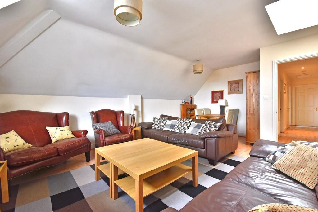2 Bedrooms Flat for sale in The Laurels Bromley Road
