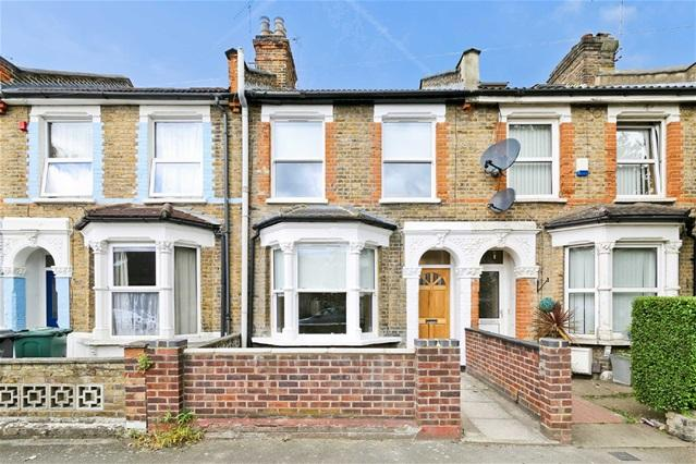 3 Bedrooms House for sale in Roberts Road, Walthamstow