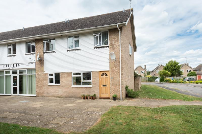 2 Bedrooms Apartment Flat for sale in Queen Eleanors Court, Long Hanborough, Witney, Oxfordshire
