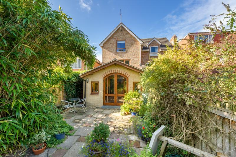 4 Bedrooms Semi Detached House for sale in Hill Top Road, Oxford, Oxfordshire