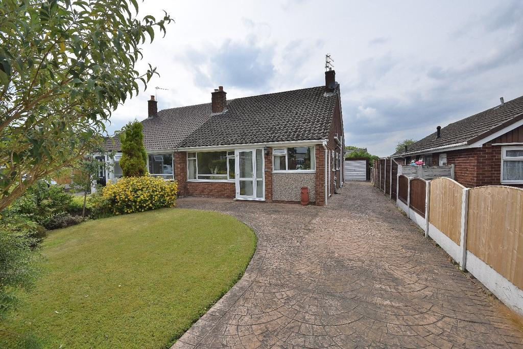 3 Bedrooms House for sale in Yewtree Lane, Poynton