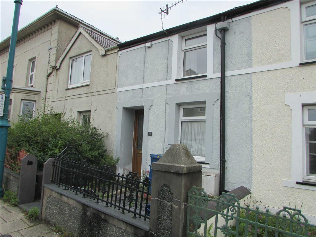 2 Bedrooms Terraced House for sale in Water Street, Penygroes, Gwynedd