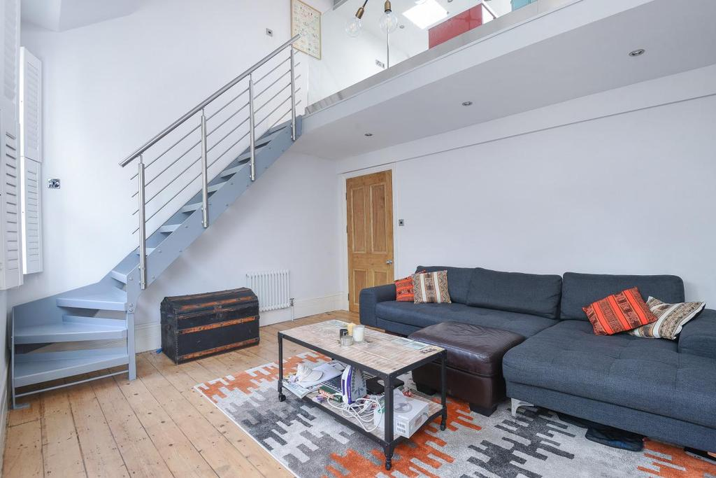 3 Bedrooms Flat for sale in Drakefell Road, Brockley, SE4