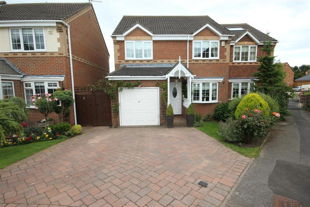 4 Bedrooms Detached House for sale in Hart Pastures, Hart, Hartlepool