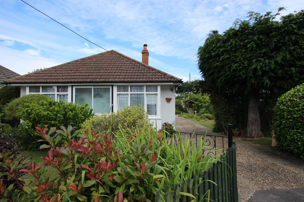 3 Bedrooms Detached Bungalow for sale in DIBDEN PURLIEU