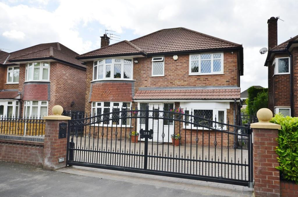 4 Bedrooms Detached House for sale in Shaftesbury Avenue, Timperley, Altrincham