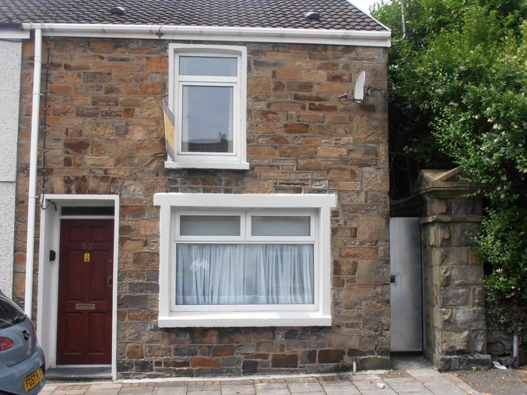 2 Bedrooms End Of Terrace House for sale in Bell Street, Trecynon, Aberdare