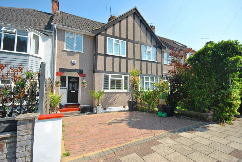 3 Bedrooms Terraced House for sale in Welbeck Avenue Bromley BR1