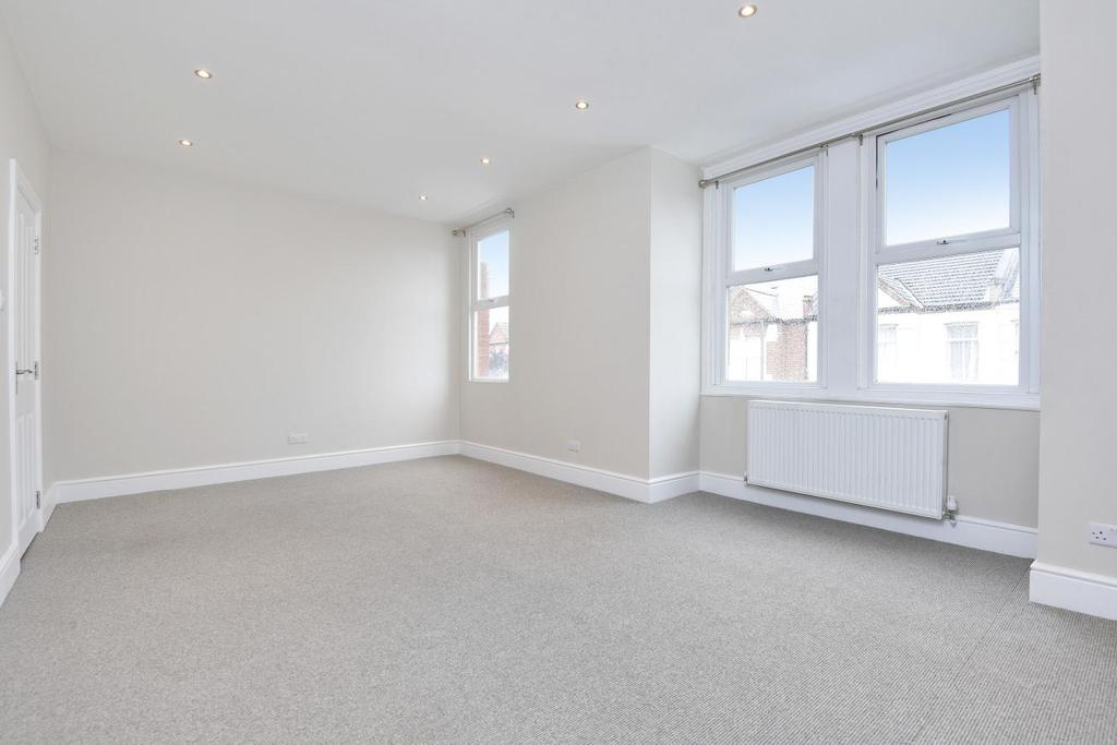3 Bedrooms Maisonette Flat for sale in Woodbury Street, Tooting, SW17