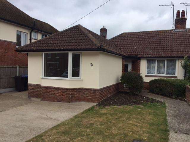 2 Bedrooms Semi Detached Bungalow for sale in Cliftonville Avenue, Margate, Thanet, Margate CT9