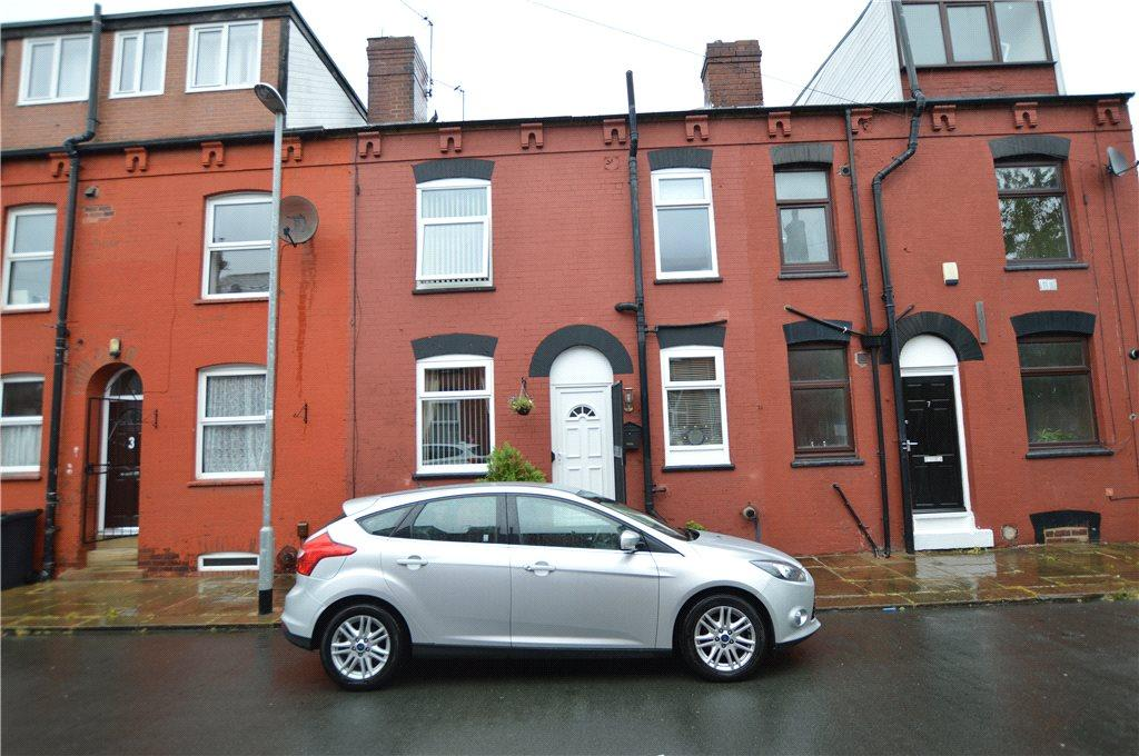 2 Bedrooms Terraced House for sale in Walford Terrace, Leeds
