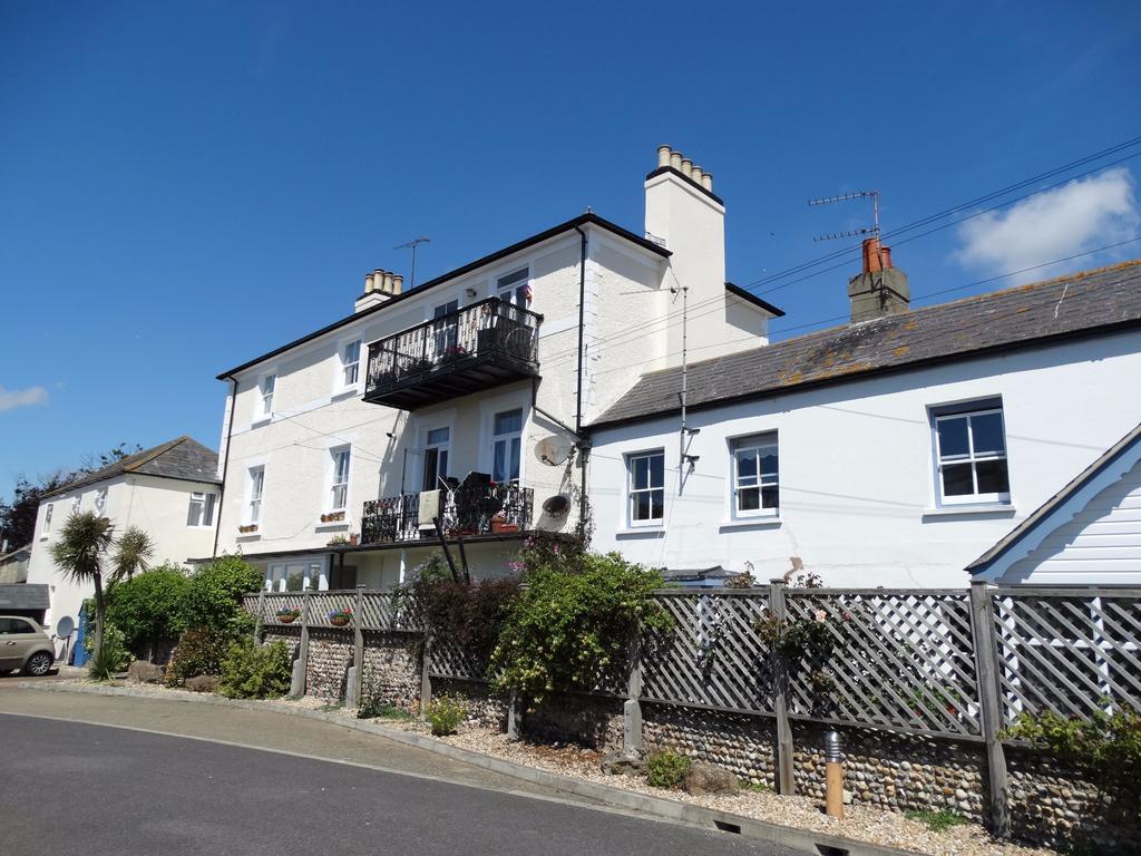 1 Bedroom Ground Flat for sale in West Street, Bognor Regis