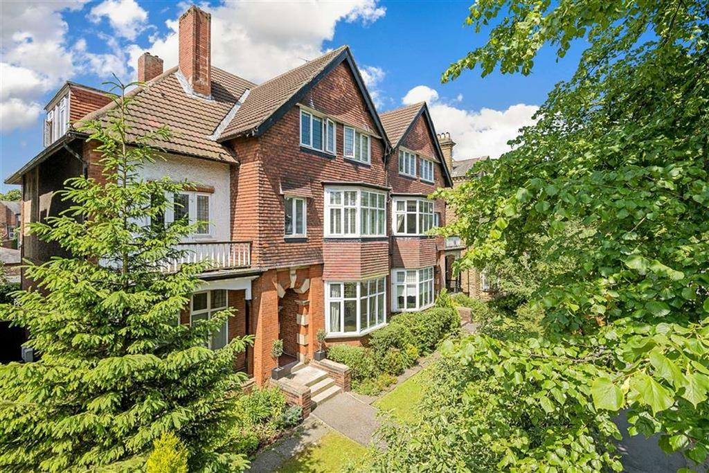 4 Bedrooms Apartment Flat for sale in Leeds Road, Harrogate, North Yorkshire