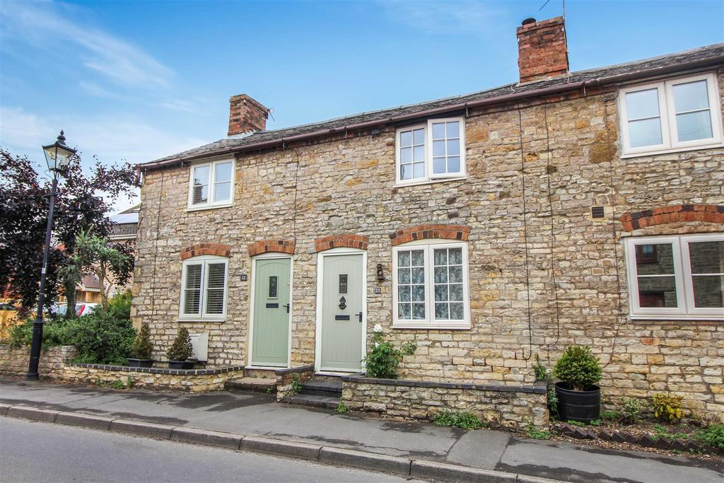 2 Bedrooms Terraced House for sale in Binswood End, Harbury, Leamington Spa