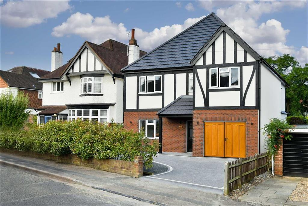 5 Bedrooms Detached House for sale in Woodcote Park Road, Epsom, Surrey