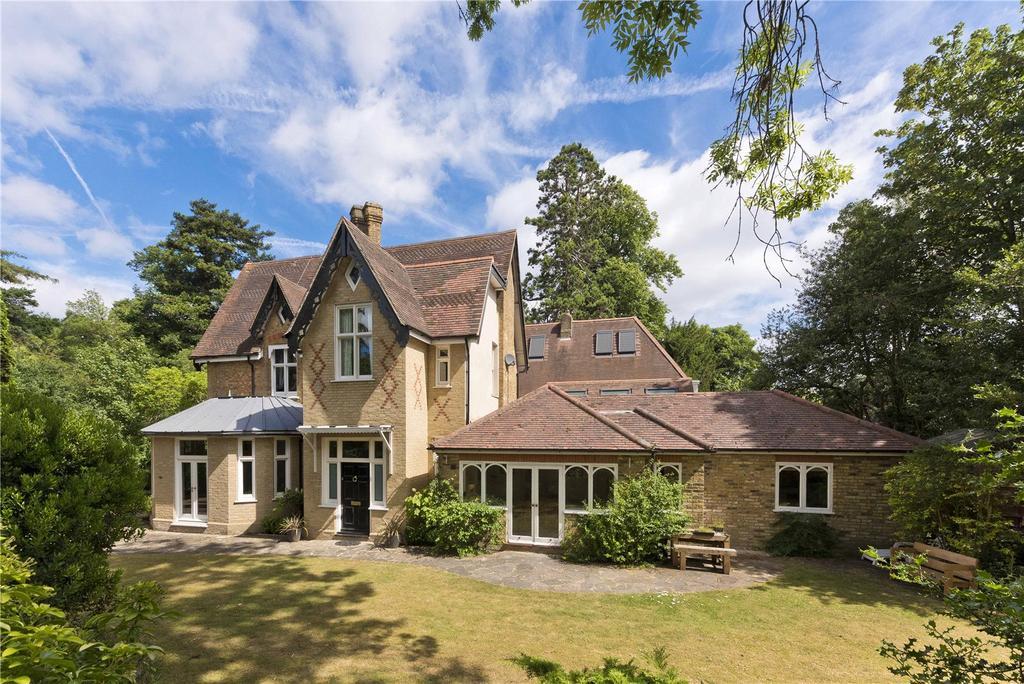 5 Bedrooms House for sale in Firfields, Weybridge, Surrey, KT13