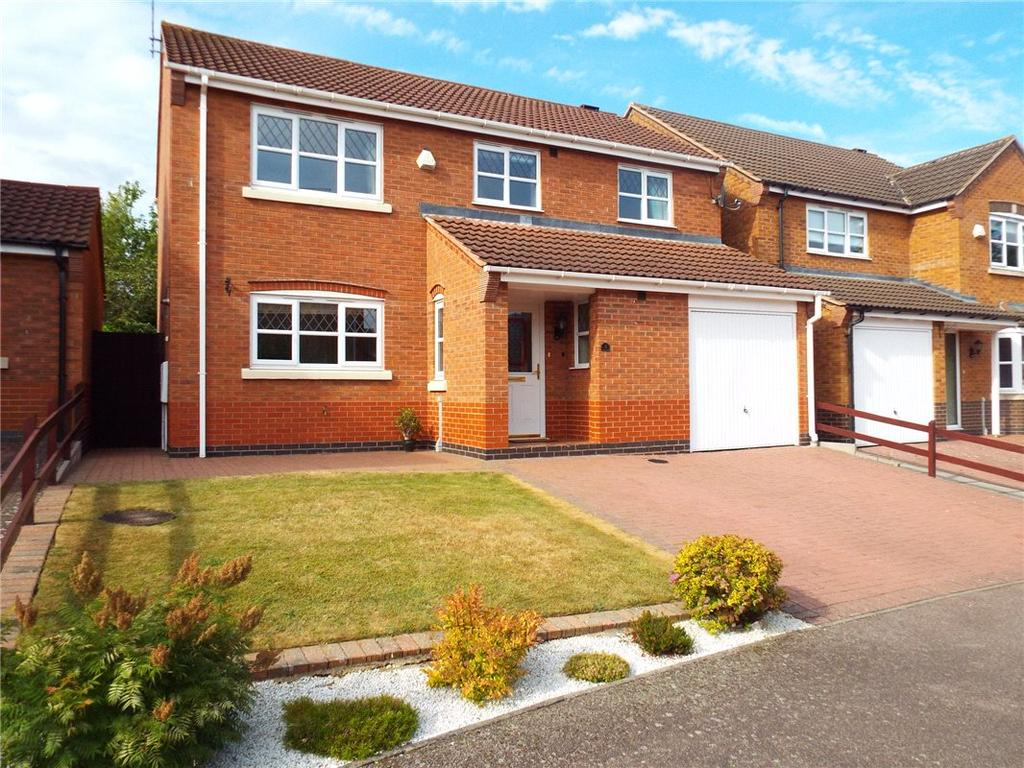 4 Bedrooms Detached House for sale in Militia Close, Wootton, Northampton, Northamptonshire, NN4