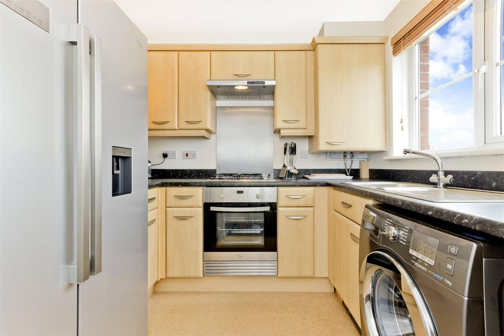 2 Bedrooms Terraced House for sale in 41 Newhouse Road, Toryglen, Glasgow, G42