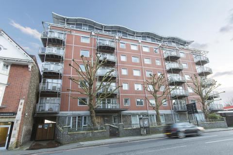 2 bedroom flat to rent - The Panoramic, Clifton