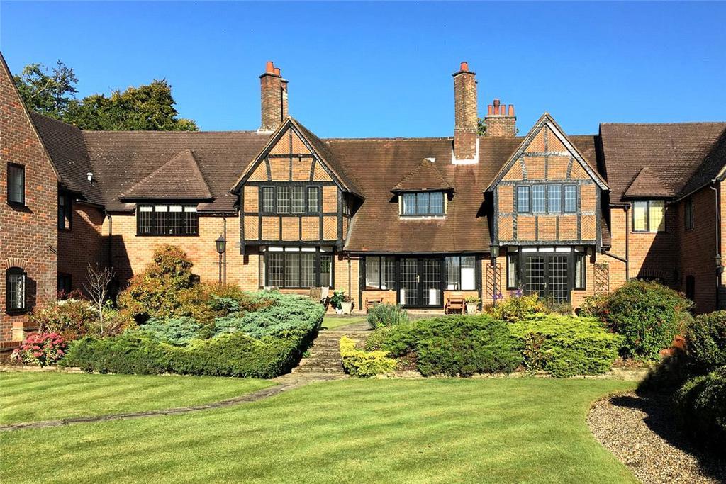 3 Bedrooms House for sale in Ben More, 5 Oak End Way, Gerrards Cross, SL9