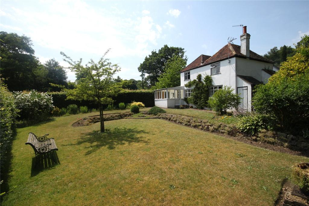 4 Bedrooms Detached House for sale in Pine Tree Lane, Ivy Hatch, Sevenoaks, Kent