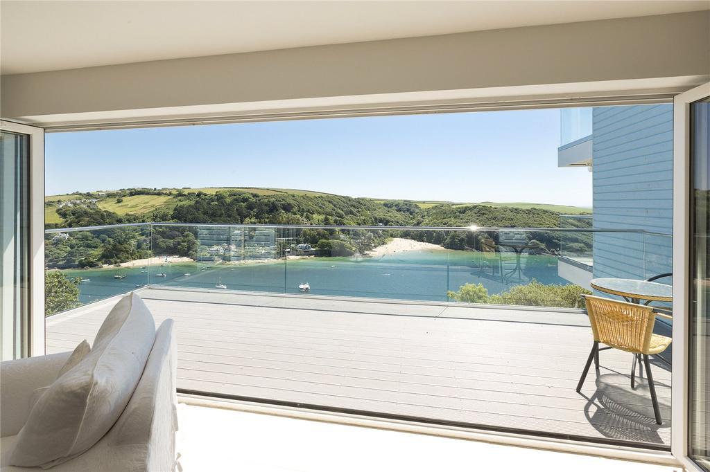 2 Bedrooms Apartment Flat for sale in Monkston Point, Devon Road, Salcombe, Devon, TQ8