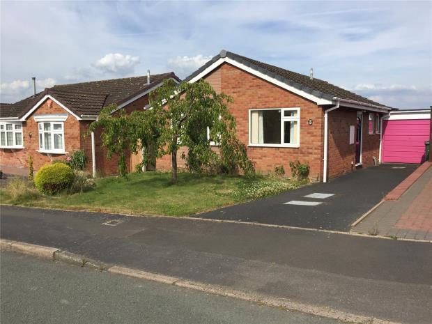 2 Bedrooms Bungalow for sale in Severn Way, Cressage, Shrewsbury