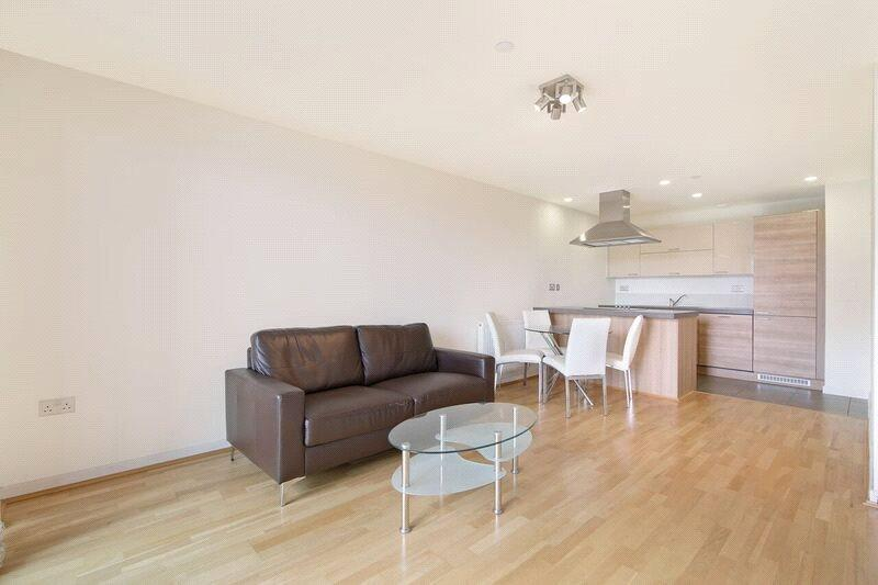 2 Bedrooms Flat for sale in Vertex Tower, 3 Harmony Place, London, SE8