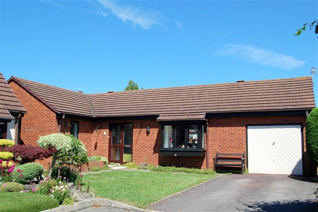 3 Bedrooms Detached Bungalow for sale in Llys Brompton, Rhos On Sea, Colwyn Bay
