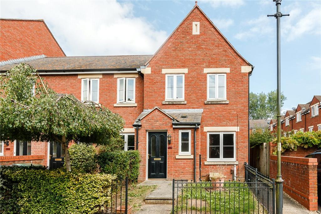 3 Bedrooms End Of Terrace House for sale in Gras Lawn, St Leonards, Exeter, Devon, EX2