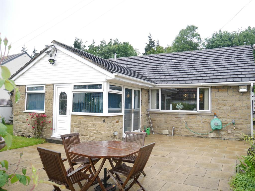 4 Bedrooms Detached Bungalow for sale in Rockhill Lane, Bierley, BD4 6QB