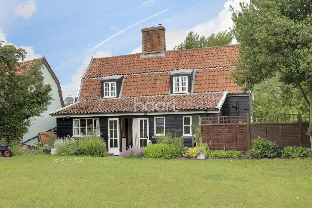 2 Bedrooms Cottage House for sale in Needham Road, Combs Ford
