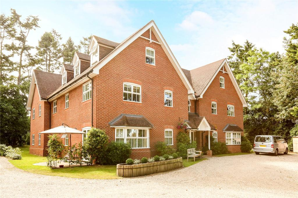 4 Bedrooms Penthouse Flat for sale in Boughton House, Green Lane, Henley-on-Thames, Oxfordshire, RG9