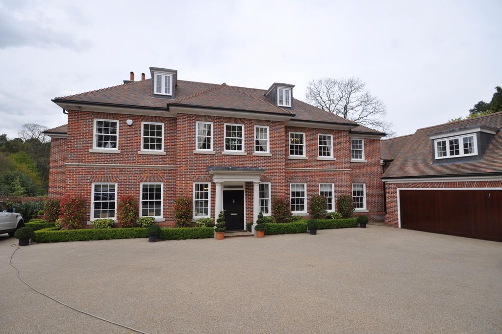 5 Bedrooms Detached House for sale in Brockenhurst Road, Ascot