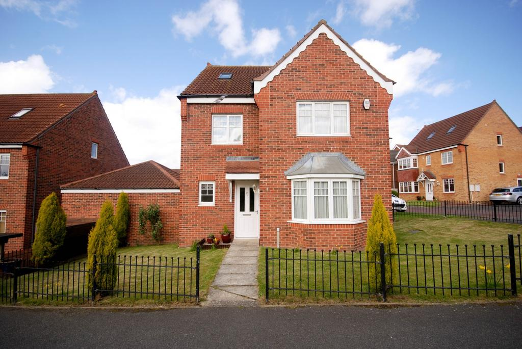 5 Bedrooms Detached House for sale in Leafield Close, Birtley