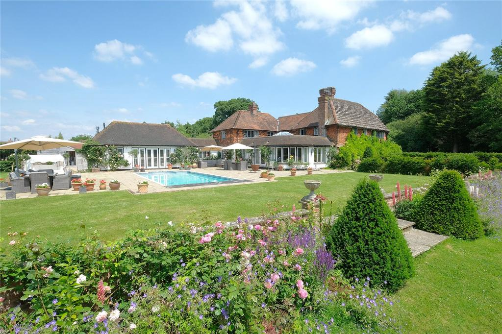 5 Bedrooms Equestrian Facility Character Property for sale in Roundstreet Common, Wisborough Green, Billingshurst, West Sussex, RH14