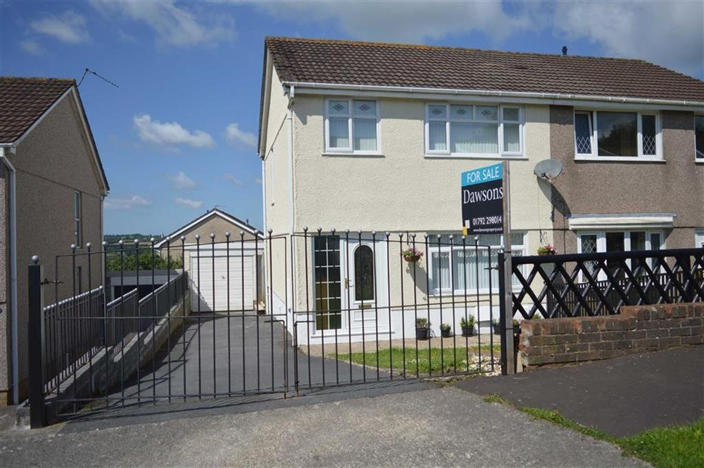 3 Bedrooms Semi Detached House for sale in Heol Will George, Waunarlwydd, Swansea