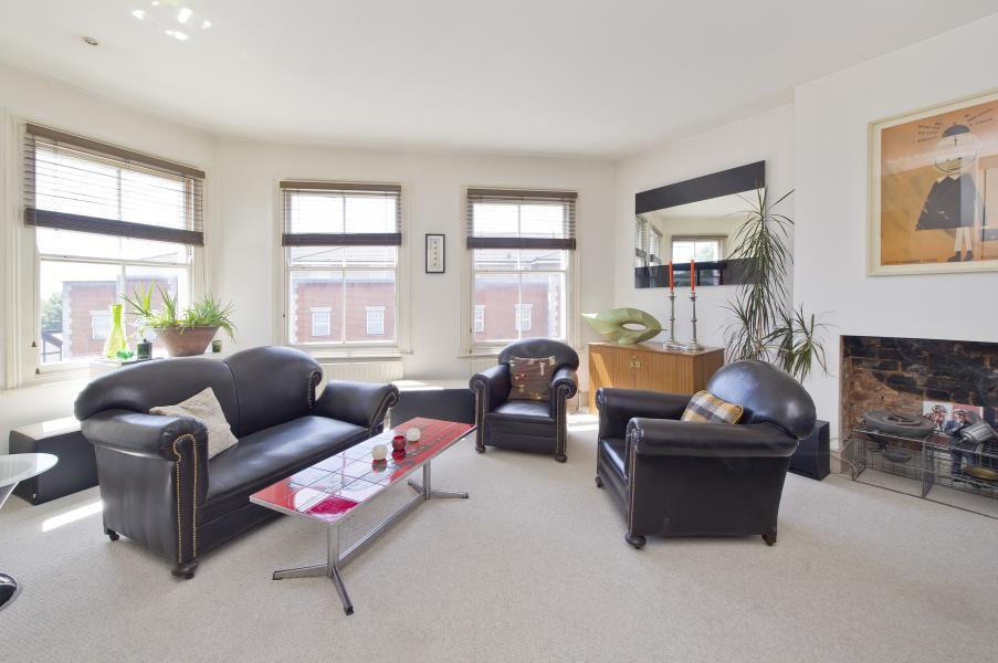 3 Bedrooms Flat for sale in Harrow Road, Kensal Rise, NW10