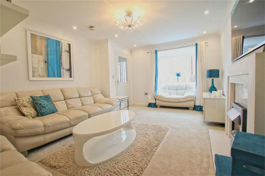 4 Bedrooms Detached House for sale in Munstead Way, Welton, East Riding of Yorkshire