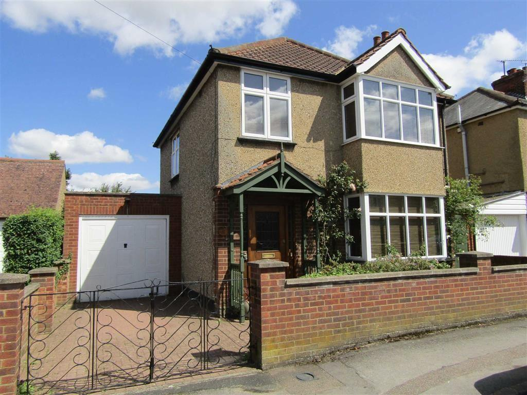 3 Bedrooms Detached House for sale in Brampton Park Road, Hitchin, SG5