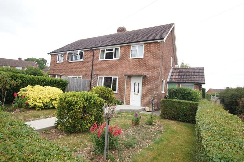 3 Bedrooms Semi Detached House for sale in Barnes Close, Blandford Forum