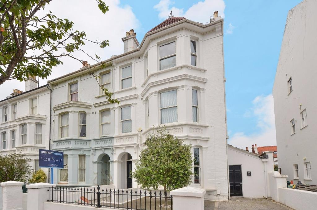 5 Bedrooms End Of Terrace House for sale in Westbourne Villas Hove East Sussex BN3