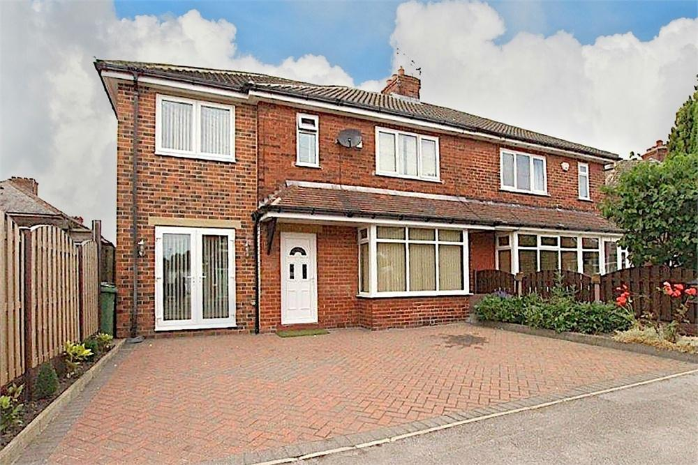4 Bedrooms Semi Detached House for sale in The Crescent, Birkenshaw, West Yorkshire