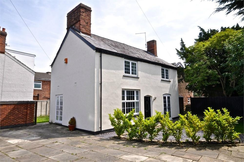 3 Bedrooms Cottage House for sale in 287 London Road, Northwich, Cheshire