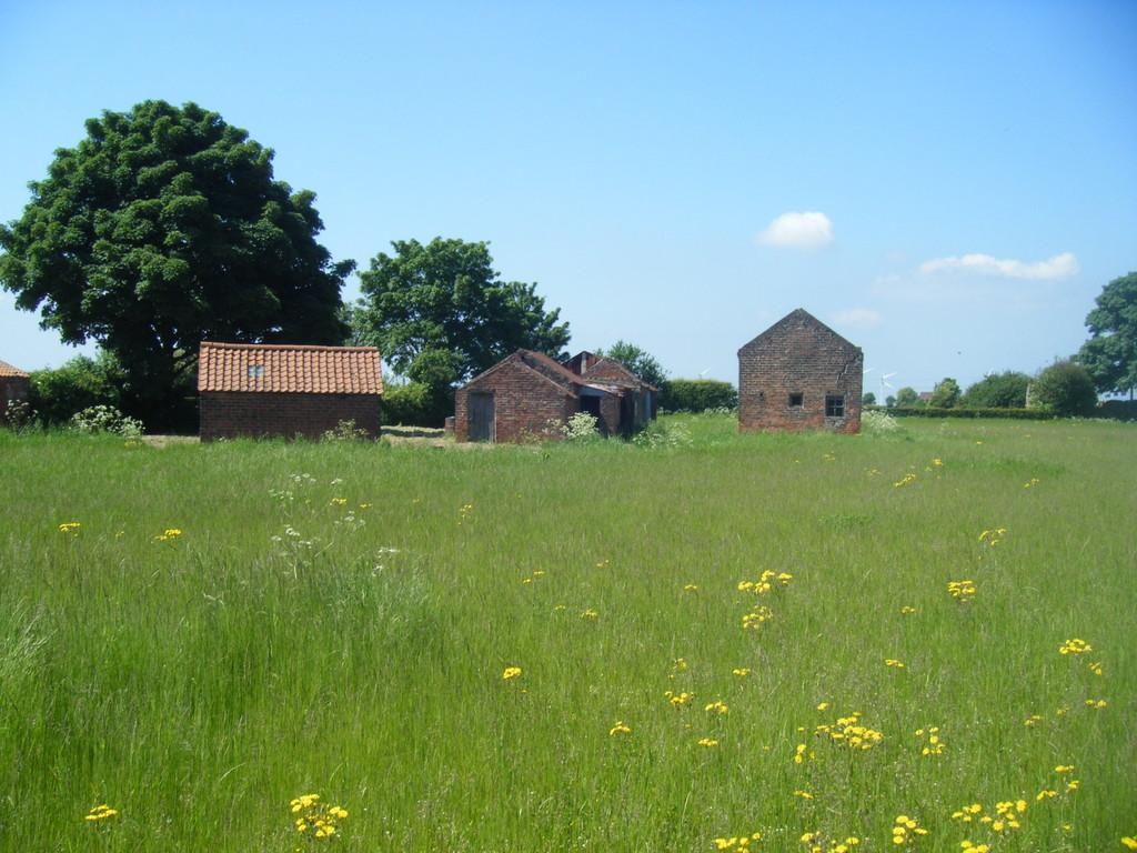 Land Commercial for sale in Trentside, Amcotts, Scunthorpe