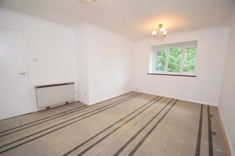 1 bedroom flat to rent - St Denys
